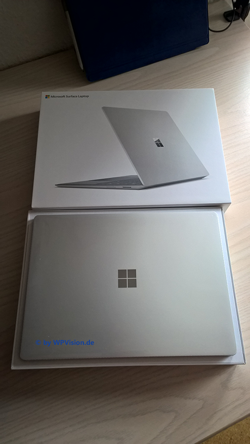 SurfaceLaptop002
