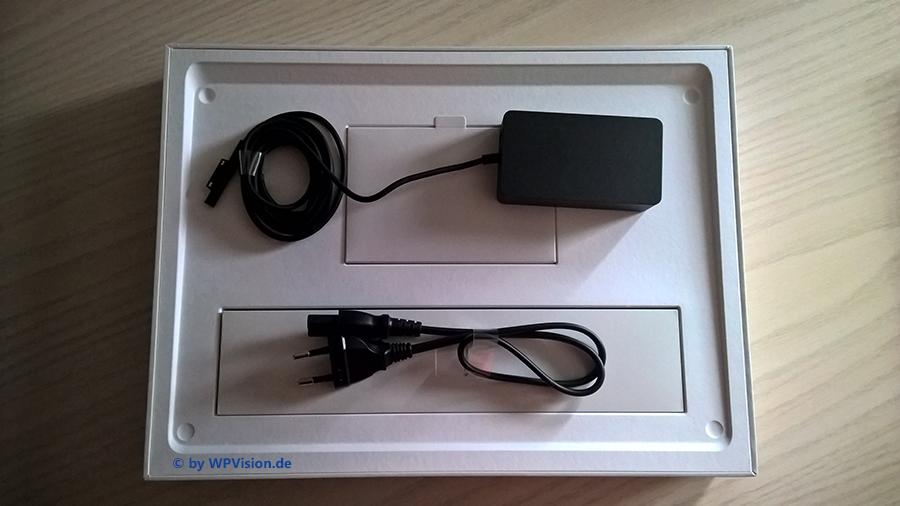 SurfaceLaptop005